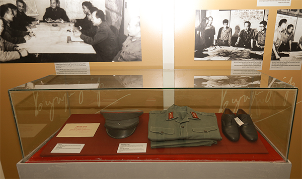 Photos on General Vo Nguyen Giap and Viet Bac base to be displayed