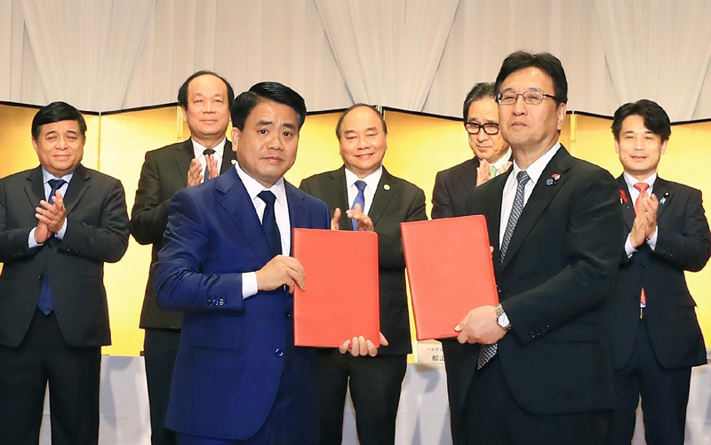 Hanoi signs USD1 billion agreements with Japanese partners
