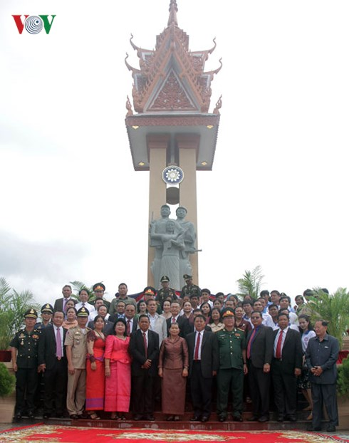 Vietnam - Cambodia Friendship Monument in Kep inaugurated