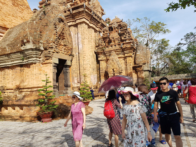 Nine months: Over 1.2 million Chinese tourists to Nha Trang