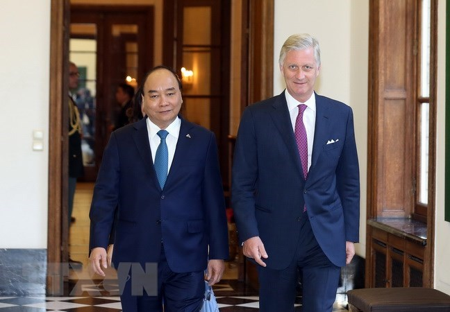 PM Nguyen Xuan Phuc meets with Belgian King Philippe