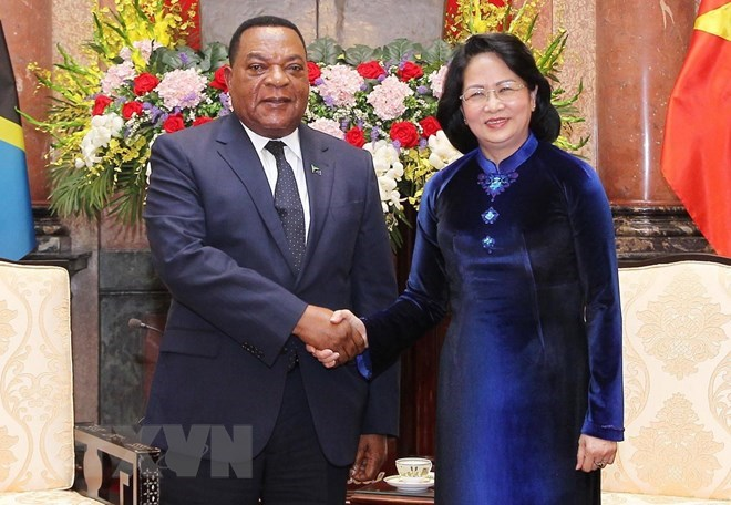 Tanzania a prioritised African partner of Vietnam: Acting President