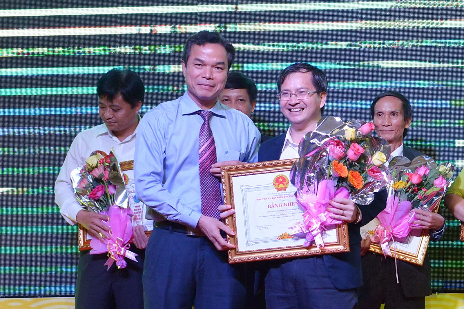 BSR honored for contributions to Quang Ngai socio-economic development