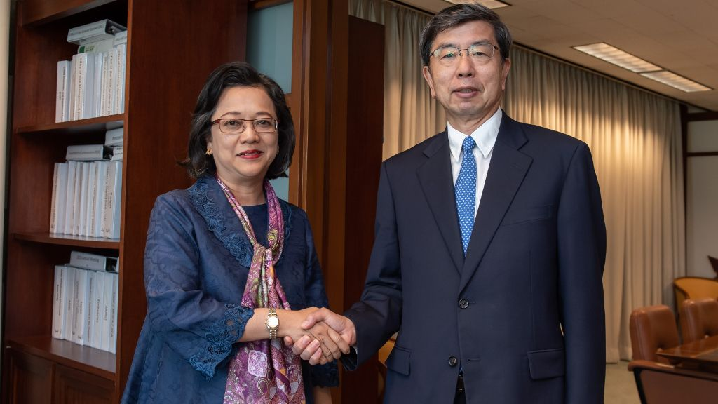 ADB and ESCAP discuss to support the SDGs in Asia and Pacific