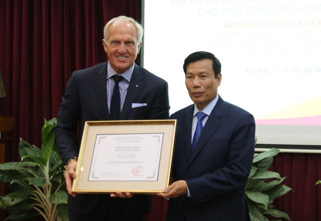 Legendary golfer appointed ambassador for Vietnamese tourism