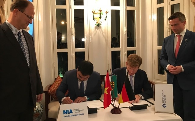 Noi Bai joins hands with German airport to boost cargo shipment