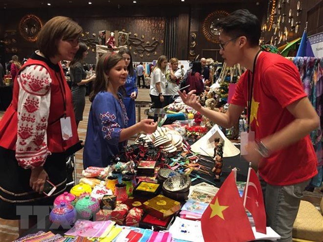 Vietnam's cuisine and handicraft products attract visitors in Turkey