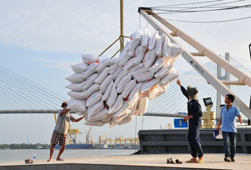 Vietnam wins 123,000 ton rice deal to Philippines