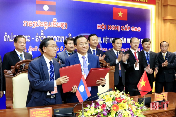 Vietnamese and Lao localities increase cooperation