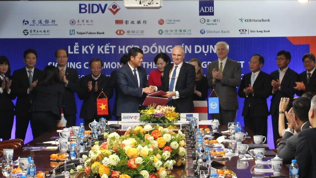 ADB supports small and medium-sized enterprises in Viet Nam