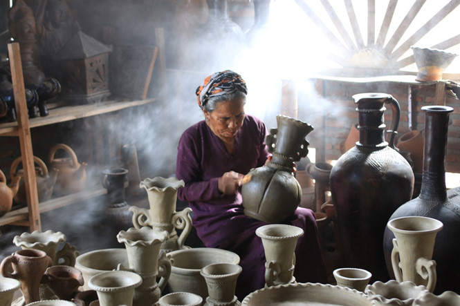 Preserving and promoting Cham ethnic traditional pottery-making craft