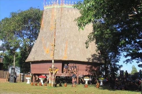 Rong house inauguration at Festival of Central Highlands Gongs 2018