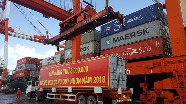 Quy Nhon port handles 8 millionth ton of cargo