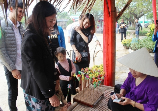 Numerous activities to welcome New Year 2019 in Quang Binh