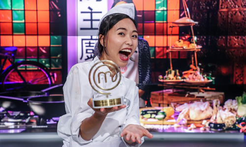 Vietnamese original girl wins champion of Poland's MasterChef
