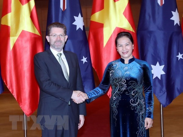 Vietnamese, Australian top legislators hold talks
