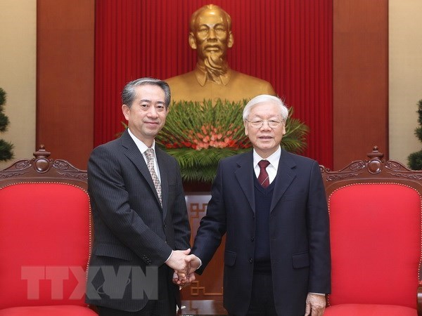 Vietnamese Party, State leader welcomes Chinese ambassador