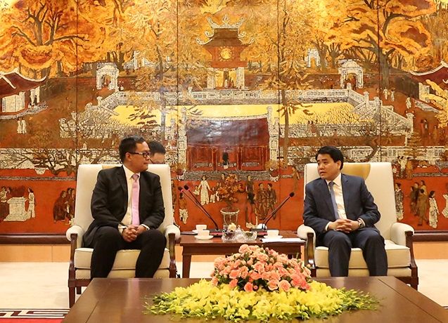 Vietnam's and Philippines' capitals strengthen relationship