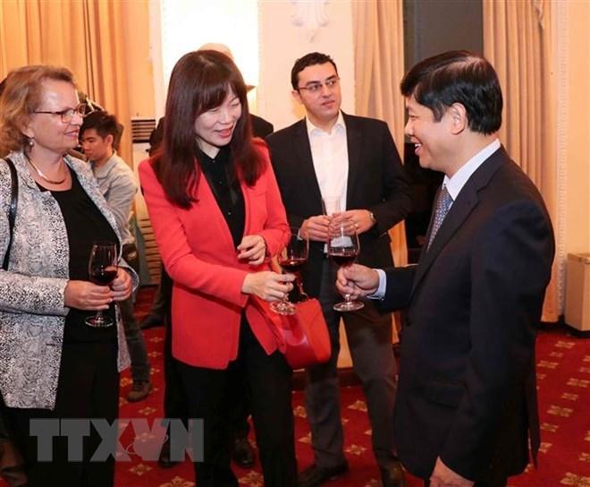 Ministry appreciates foreign correspondents, press attachés in Vietnam