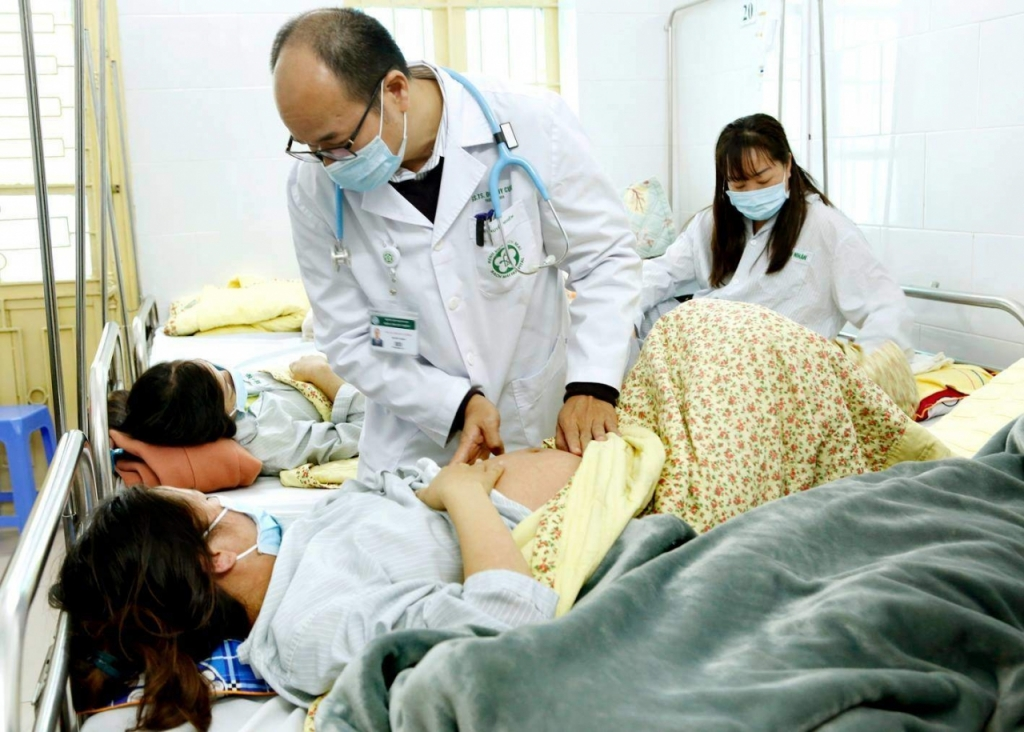 All hospitals available 24 hours during Tet holidays
