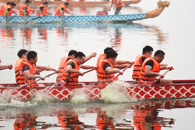 International competitors to join Open Hanoi Dragon Boat Race 2019