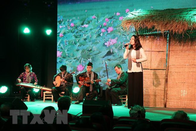 Cultural event celebrates 45h anniversary of Vietnam-France diplomatic ties