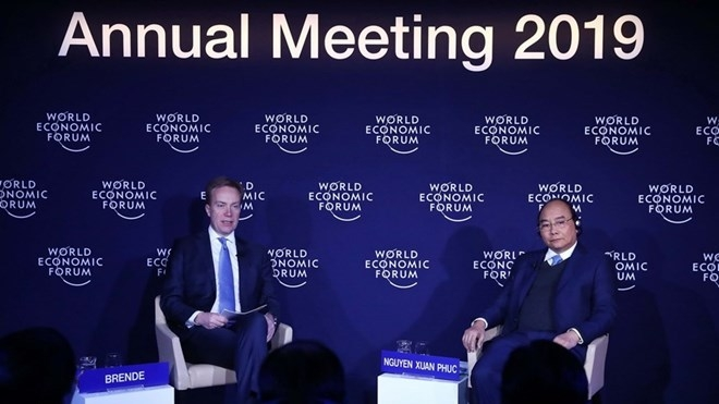 PM Phuc, WEF President join particular dialogue on Vietnam in Davos