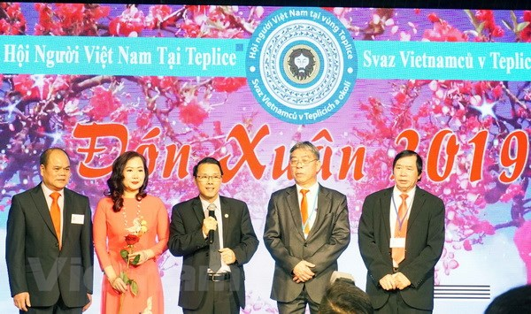 Vietnamese community in Northern Czech Republic jubilantly welcomes New Year 2019