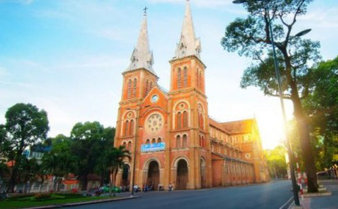 """""""Smart Tourism"""" forum opens in Ho Chi Minh city"""