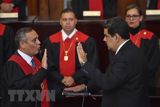 Venezuela's Nicolas Maduro sworn in for 2nd term as President