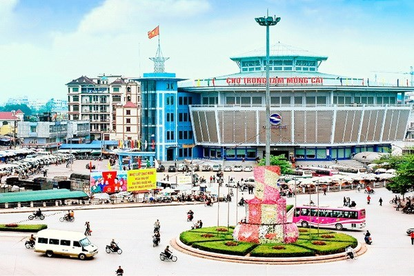 Mong Cai city welcomes 24,000 tourists on first five days of Tet