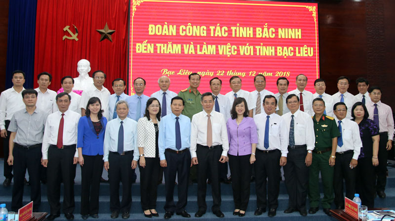 Bac Ninh province delegation pays working visit to southern locality