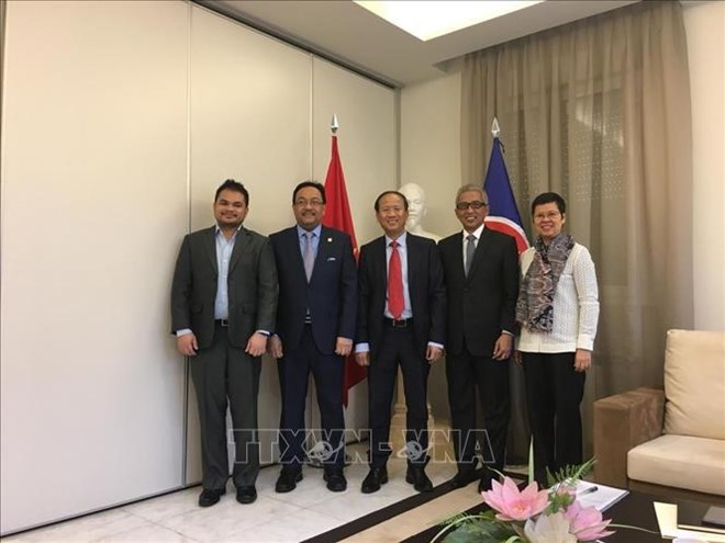 Vietnam undertakes Chair of ASEAN Committee in Madrid