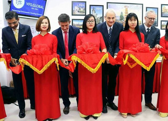 Centre for visa applications to Europe launched in Da Nang