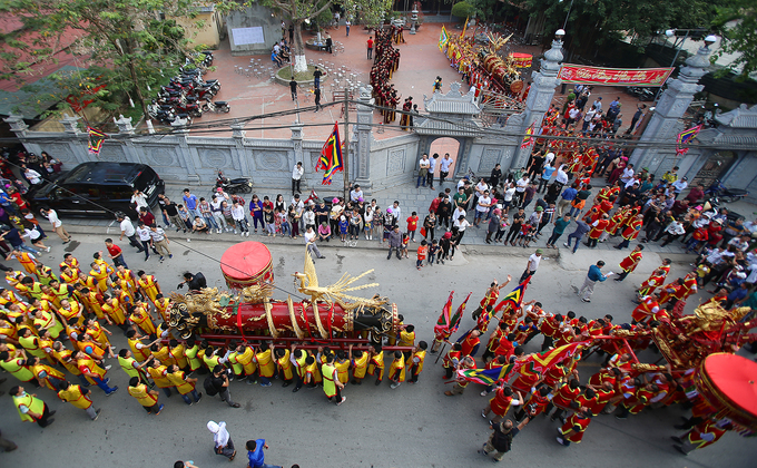 Firecracker Procession Festival in the northern province of Bac Ninh