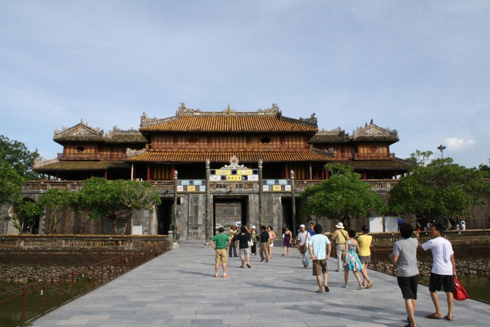 Free entrance to Hue heritage relics
