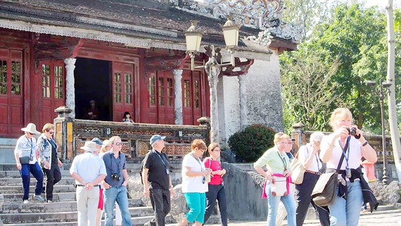 Thua Thien - Hue greets 1.2 million tourists in first quarter