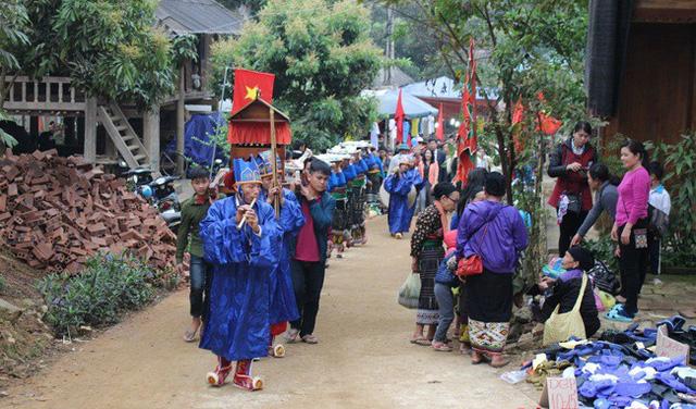 Experiencing tour to Viang Xai (Laos)