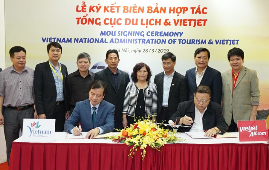 VNAT, Vietjet cooperate to promote nation's tourism