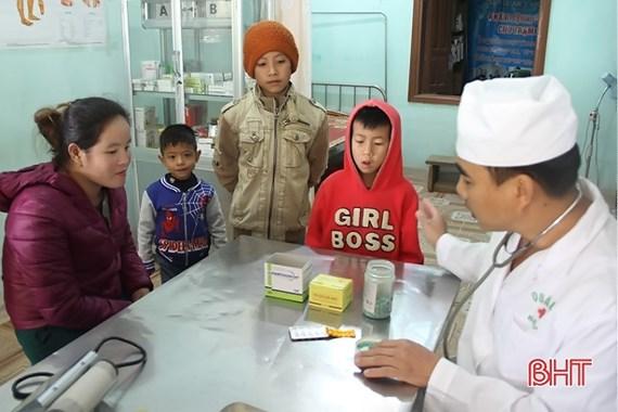 Vietnamese central province supports Lao village's socio-economic development