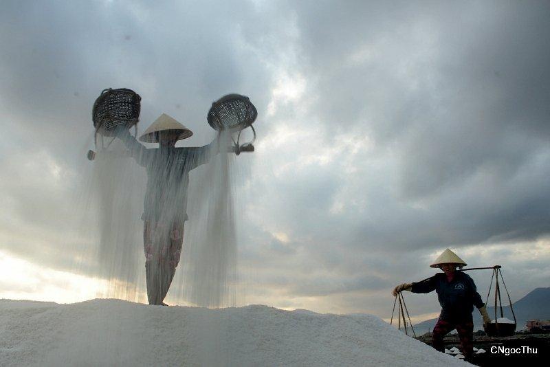 Hon Khoi salt flats