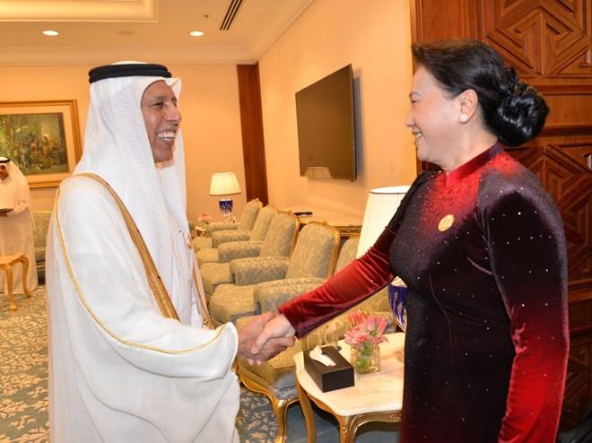 Top legislator meets Qatar's Shura Council speaker