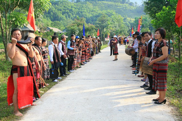 Cultural exchange of ethnic groups in Vietnam-Laos border area in May