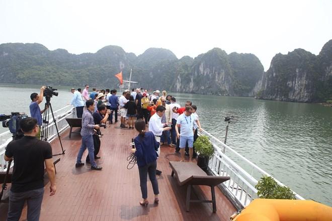 OANA Secretary General: Ha Long bay should be popularized to news agencies