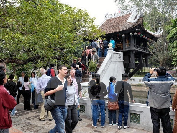 Tourist arrivals to Hanoi hike during holiday
