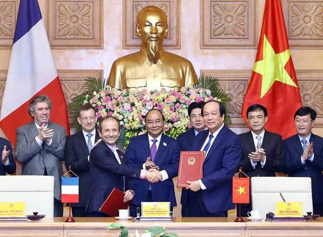 Vietnam, France cooperate in E-government building