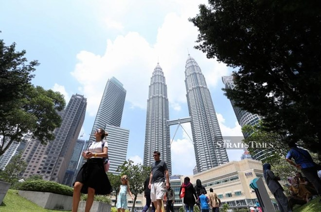 Malaysia's economy grows 4.5 percent in Q1