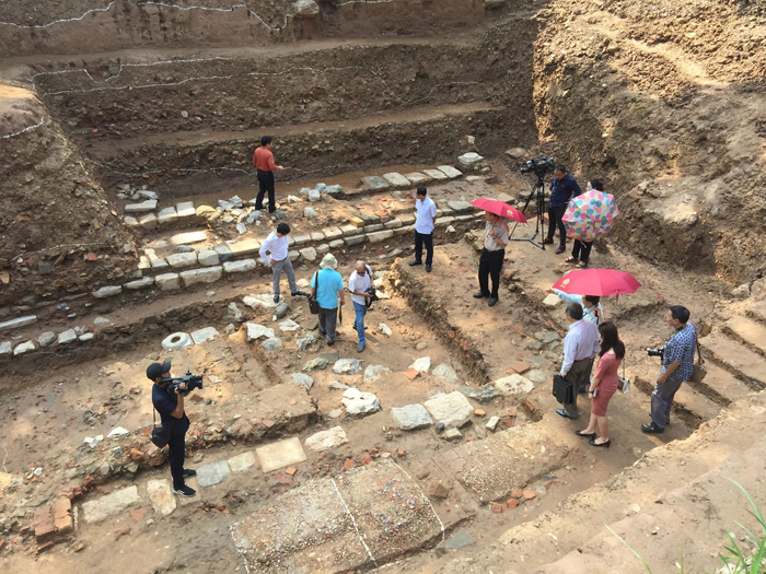 More artifacts discovered during Thang Long Imperial Citadel