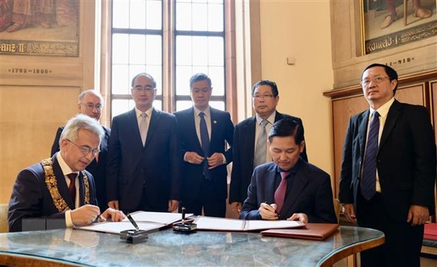 Ho Chi Minh city fosters partnership with German state of Hessen