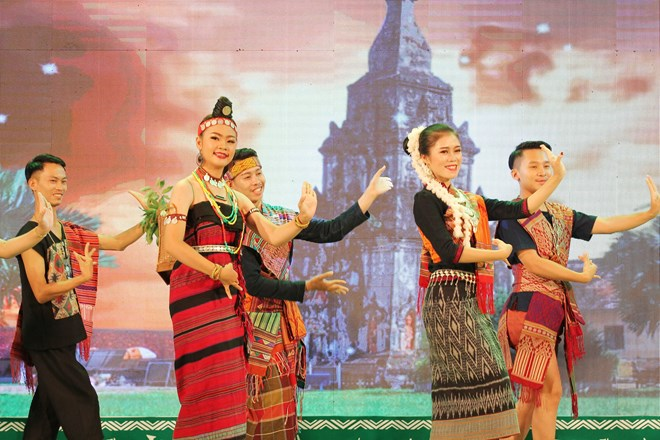 Festival connects ethnics in Vietnamese, Lao border provinces